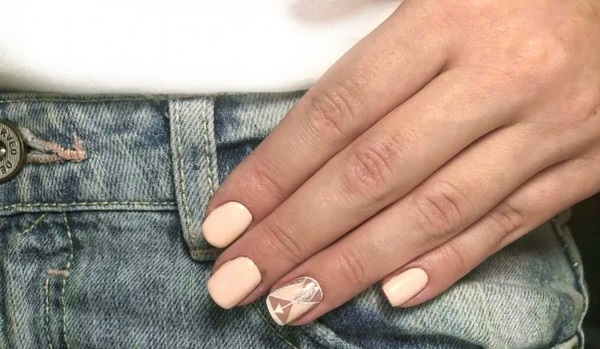 Stylish Ideas of Geometric Nail Design 2021 - Bright and Nude Design on the Photo