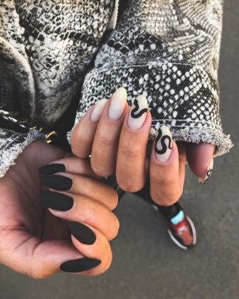 Unexpected Novelties of Manicure for Halloween 2020: Unique Nail Art Design on the Photo