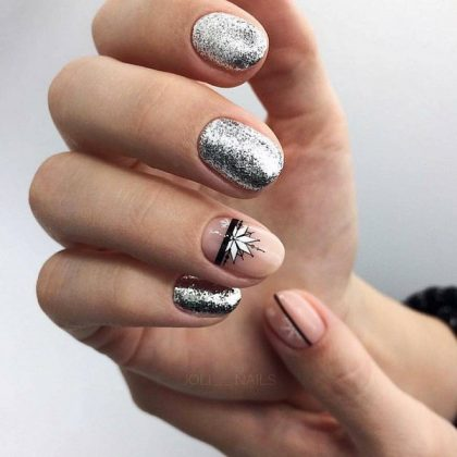 Wonderful New Year's Manicure 2021: Brilliant Ideas of Nail Design for The New Year