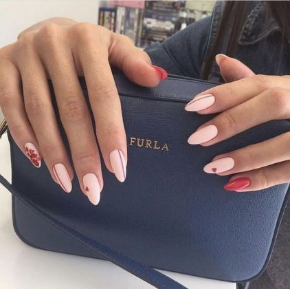 Fashion Trends of Light Nail Design 2020: Top 12 Ideas for Simple Manicure
